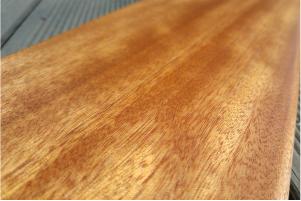 drewno okoume
