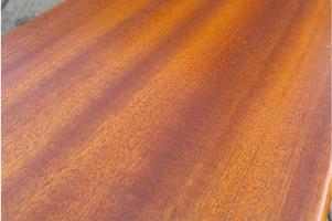 drewno sapelli