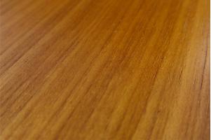 drewno teak
