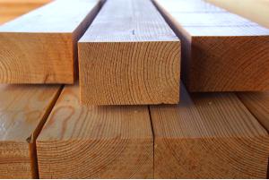 legar z drewna europejskiego